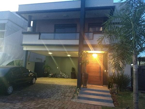 Condomínio Royal Maison
