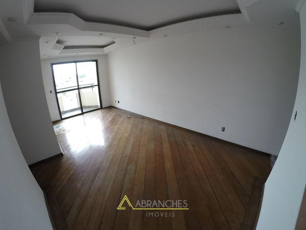 Condomínio Edifício Vilar Do Prado