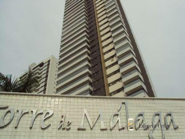 Edifício Torre De Malaga